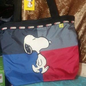 NWT Snoopy Peanuts Lesportsac tote